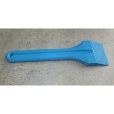 Лопатка из прочной пластмассы, синяя, ширина 74 мм, длина 280 мм